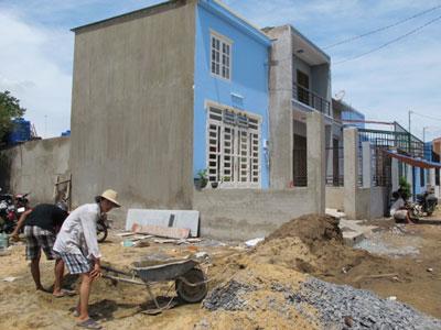 Dịch vụ sơn sửa nhà dịp tết, vệ sinh vườn nhà tại Đà Lạt
